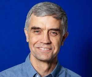 Dr. Tim Grout